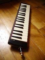 450px Suzuki melodion