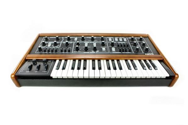 Vintage synthesizer 1601941 1920